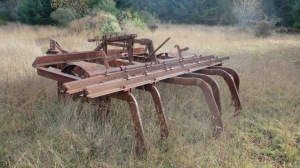 Steampunk thresher thing...do you know what this is?